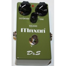 MAXON (D&S) DISTORTION & SUSTAINER Pedal