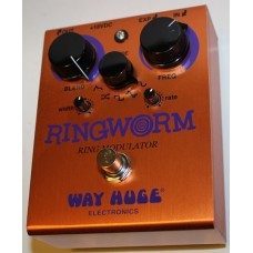 Way Huge Ring Worm Modulator Pedal, WHE606